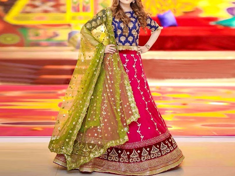 7 Mehndi Dress Ideas for Wedding Event in 2020 , Its