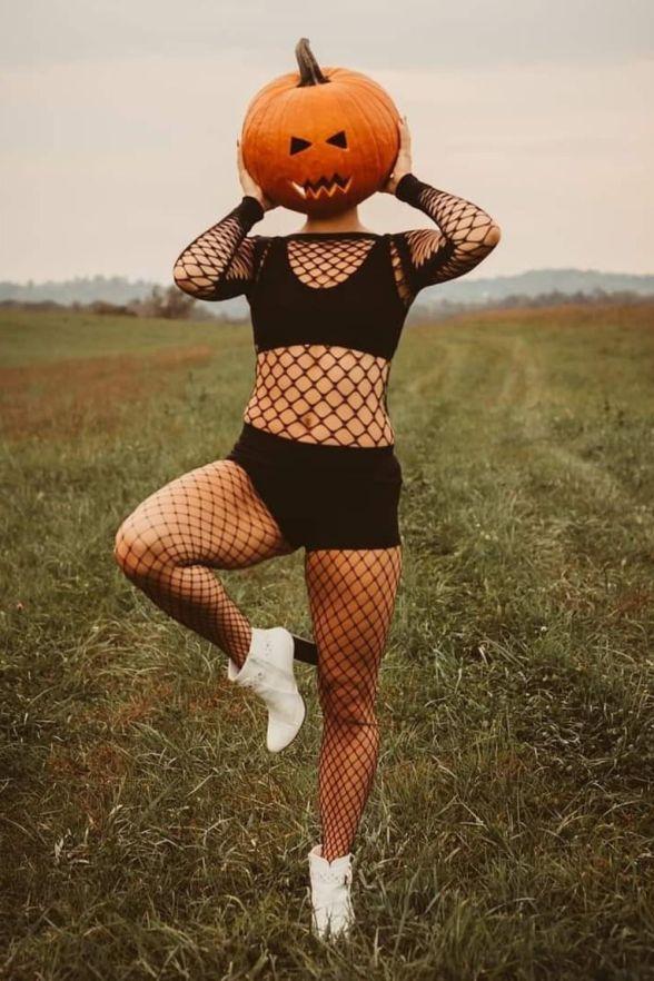 womens hot halloween costumes