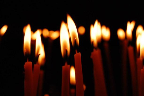Light-of-many-candles1529 alegriphotos dot com