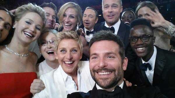 Ellen-DeGeneres-Oscars-Selfie-Twitter