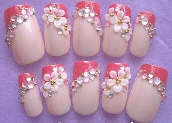3D nail art with rhinestones
