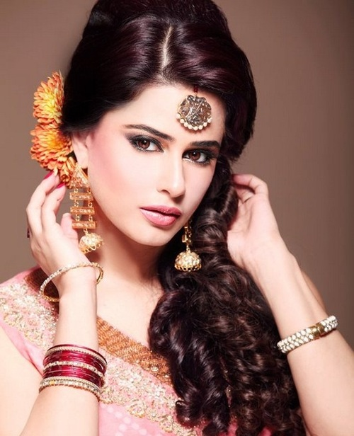 Indian Hairstyles For Long Hair: Bridal Hairstyles For Indian Wedding