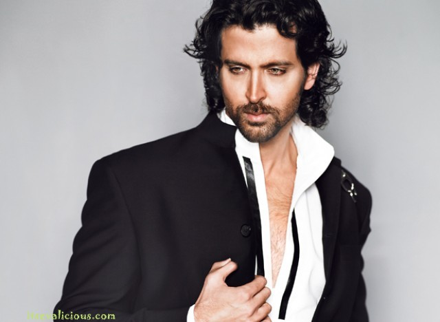 latest hrithik roshan photos