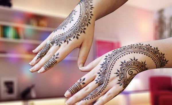 Popular-Eid-Mehndi-Fashion-for-Stylish-Girls-3