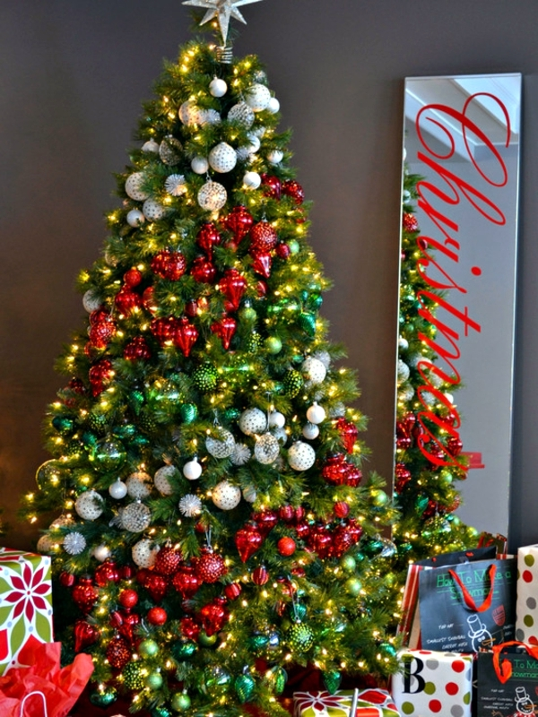 35-party-ideas-for-decorating-wreaths-for-christmas