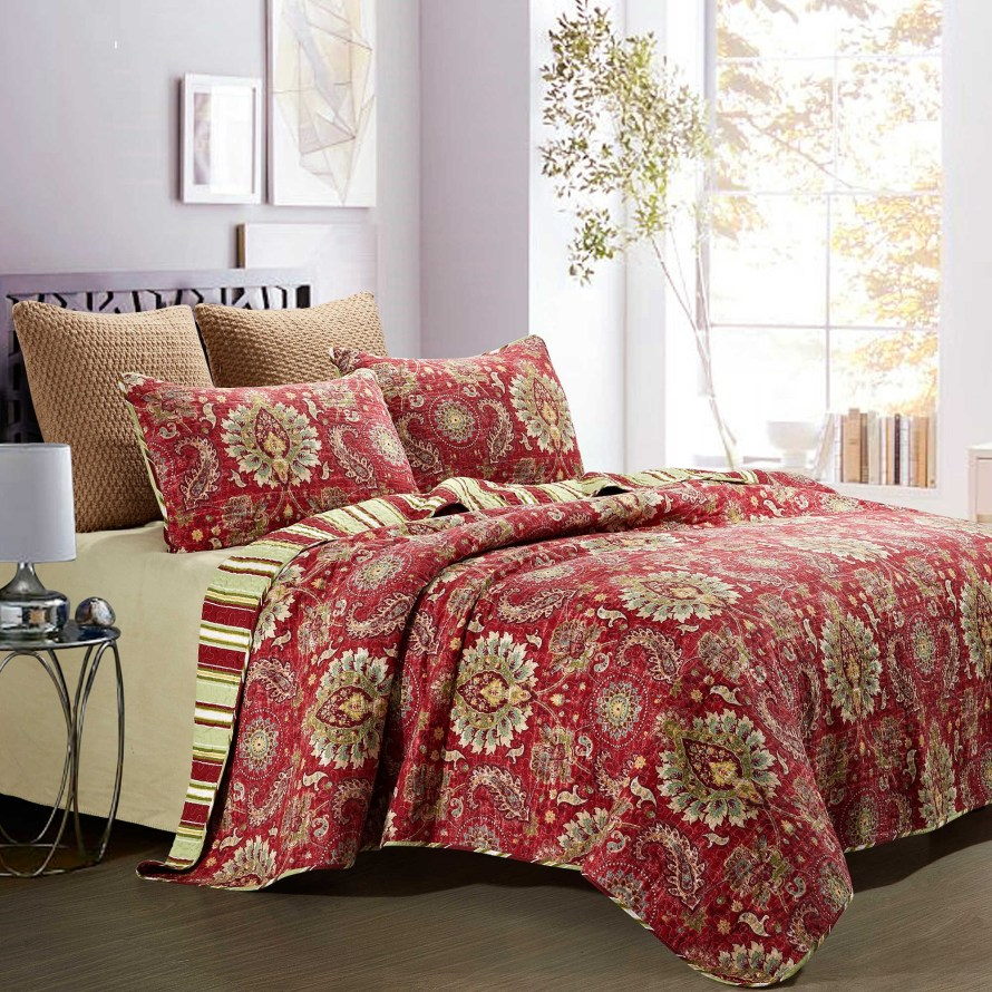 Castelli Reversible King Quilt Set Burgundy from Bed, Bath & Beyond