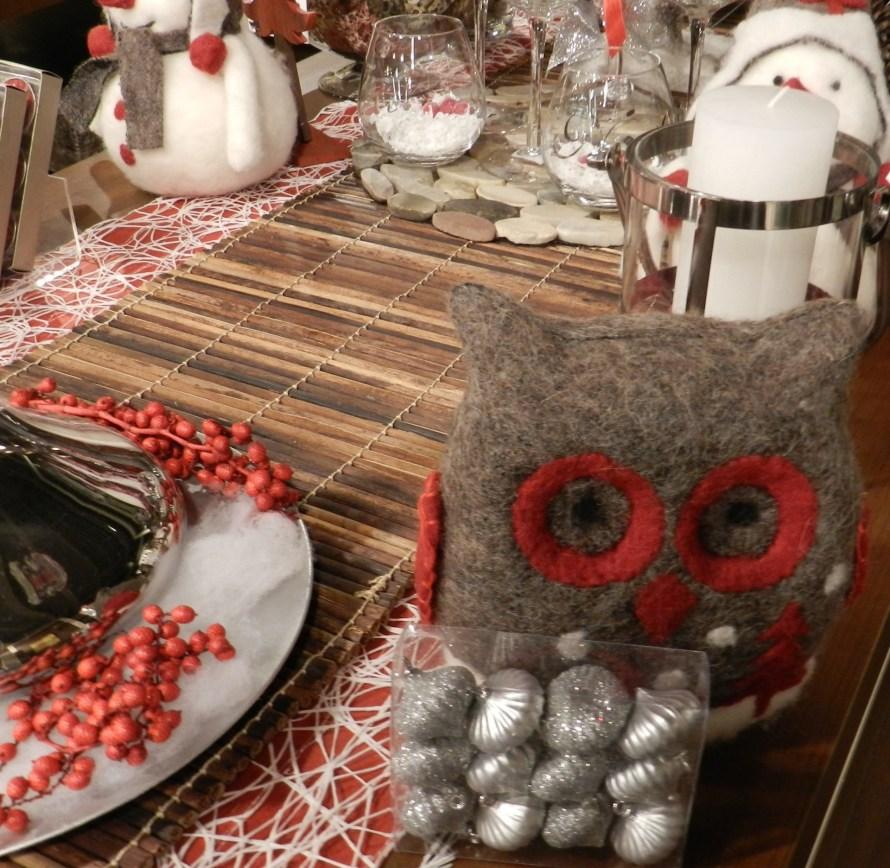 Plush Holiday Decor Dining