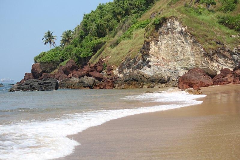 hidden-beach-of-goa