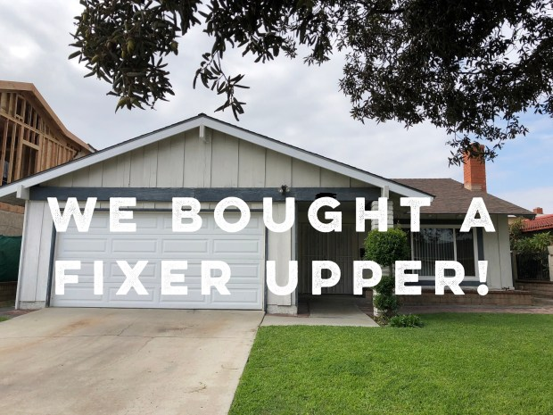 We Bought a Fixer Upper! via It's Jou Life https://wp.me/p7RBMP-16V