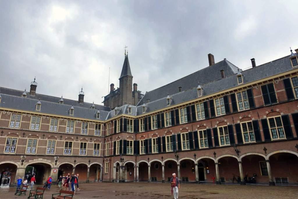 Binnenhof courtyard
