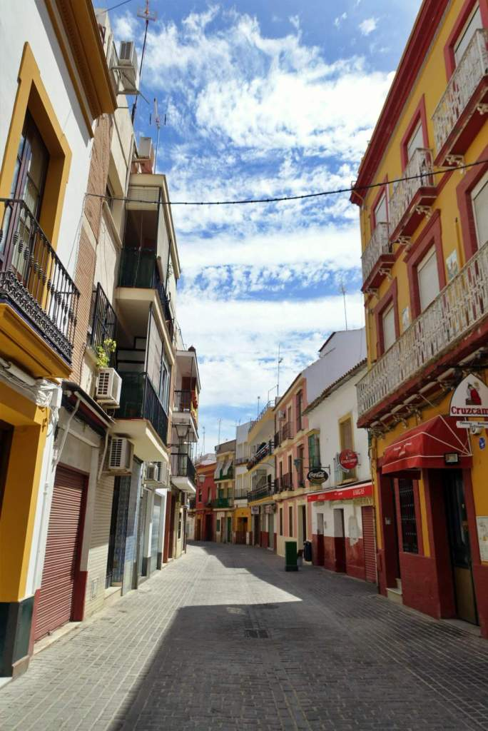 Quiet street in Triana, Seville