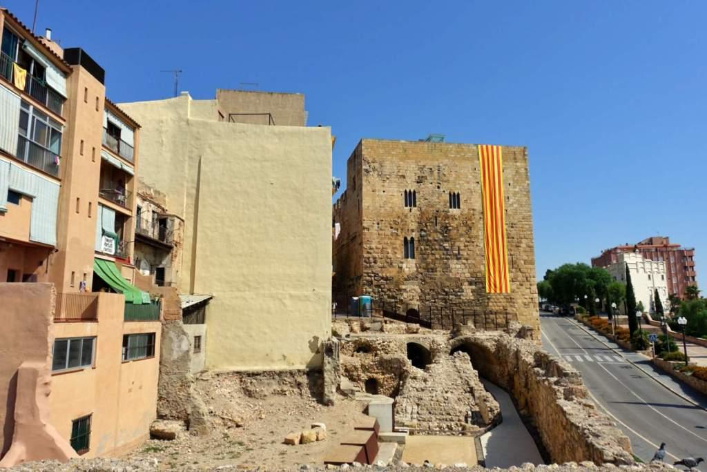 Buildings around Circ Roma