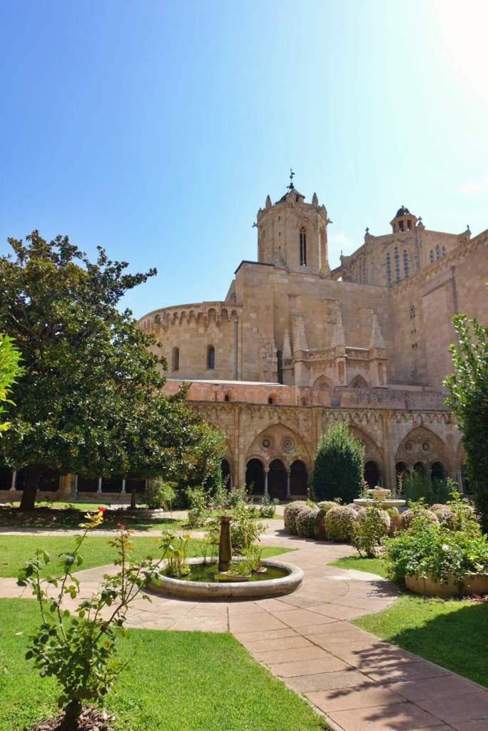 Tarragona Cathedral from the gardens
