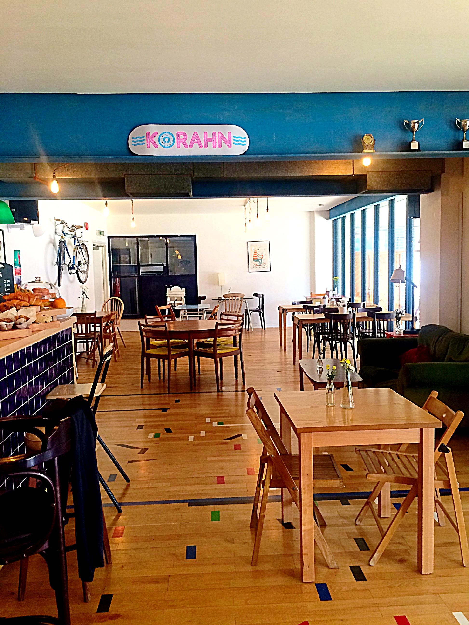 Hausbar Wohnzimmer Samt Hocker Harlow In 2019 Poufs Hocker
