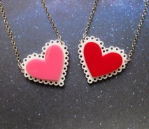 be-my-valentine-heart-lace-doily-necklace-2