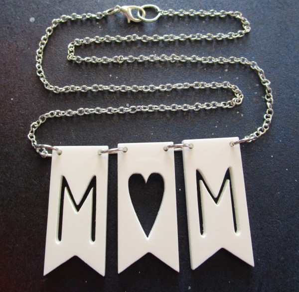 mom banner flag necklace with chain in s shape showing lobster claw clasp