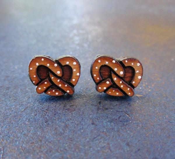 salted pretzel shaped earrings facing forward