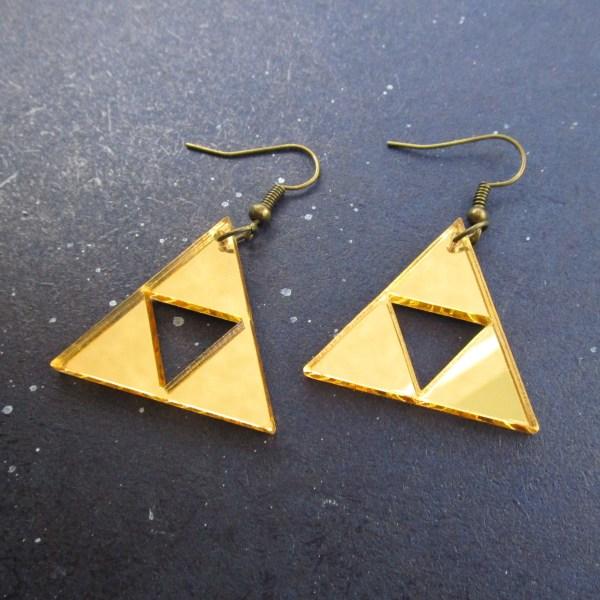 legend of zelda triforce gold dangle earrings