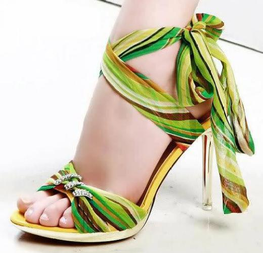 latest-high-heel-shoes-in-green-color
