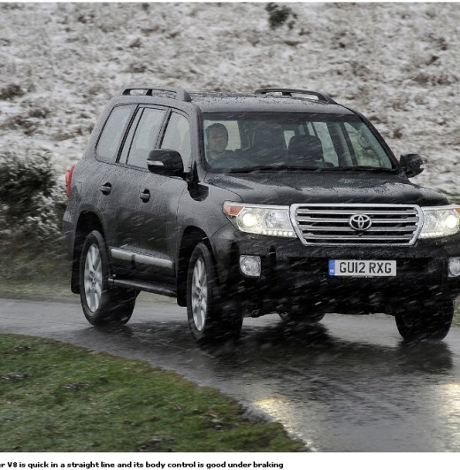 Toyota-Land-Cruiser-2012-2013-Road-Grip-Test-Picture