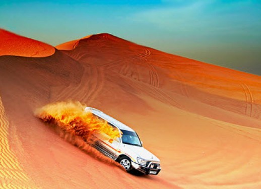 new-Toyota-Land-Cruiser-2013-drive-desert-sefari-dubai