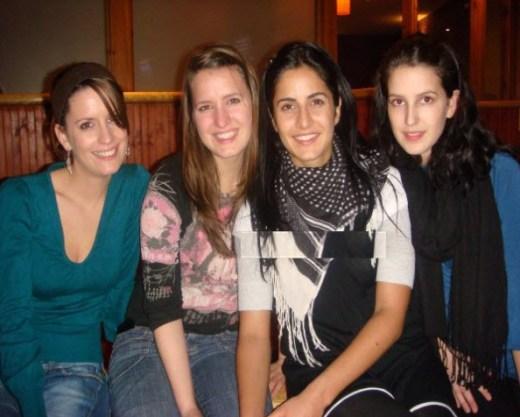 Katrina-kaif-7-seven-sister-picture