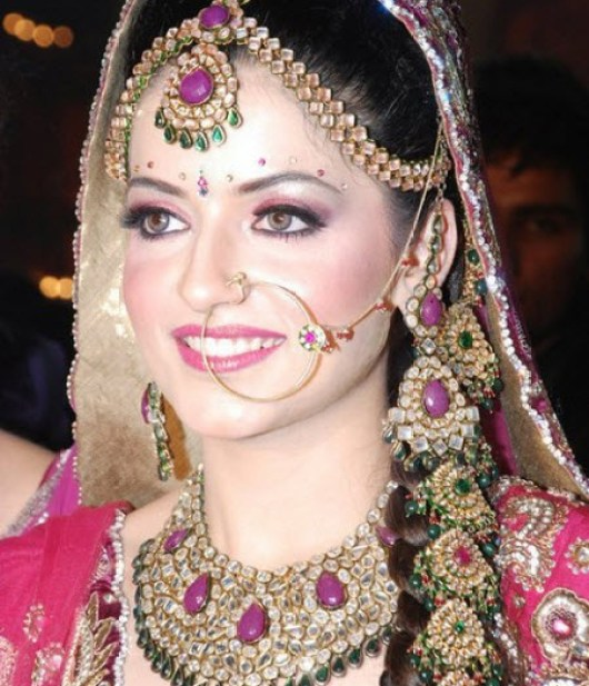 Most Beautiful Indian And Pakistani Bridal Pictures