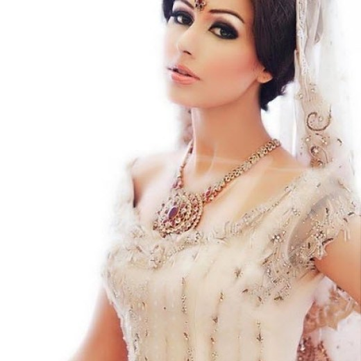 world-most-beautiful-indian-pakistan-bridal-2013-2014