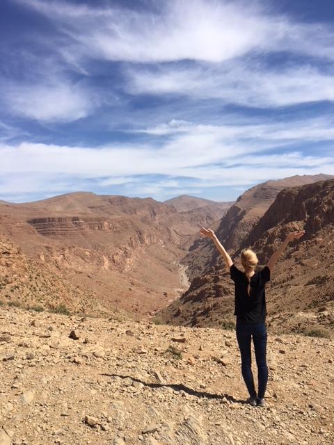 hiking atlas mountains tinghir todra gorge