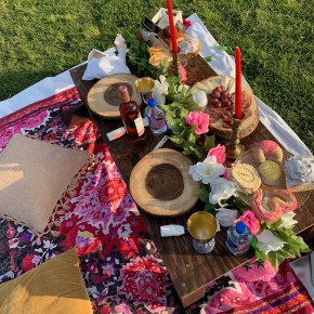 "Get a Picture-Perfect Spread with Luxury Delivery Service ""Picnics in the City"""