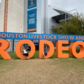 Here's Where to Take Pictures at the Houston Rodeo