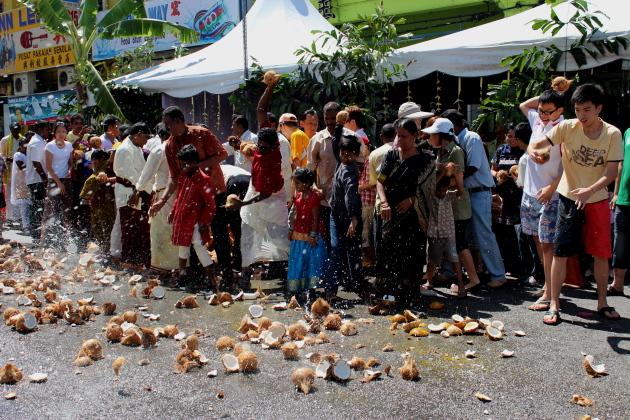 Кокосы для кавади. Тайпусам. Пенанг