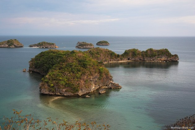 One hundred beautiful Philippine Islands