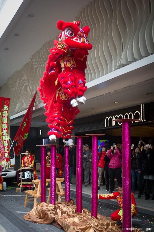 Танец дракона в Гонконге