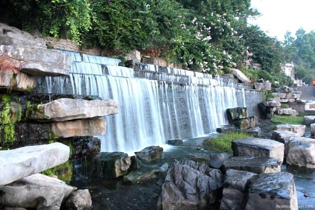 Водопад Яншо набережная