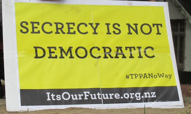 Committee Urged To Scrap TPPA