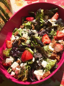 Strawberry Feta Pecan Salad