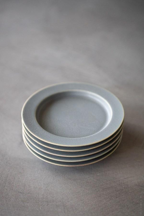 Yumiko Iihoshi Porcelain_tableware_unjour_plate_moku_top