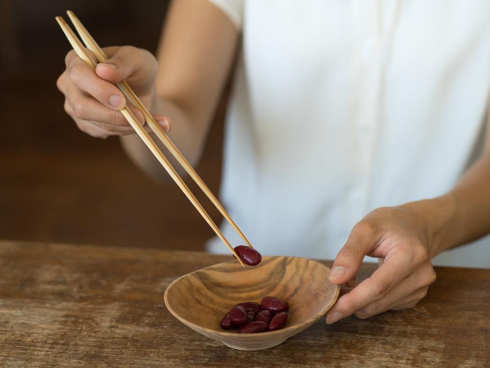bamboo serving chopsticks_st-1