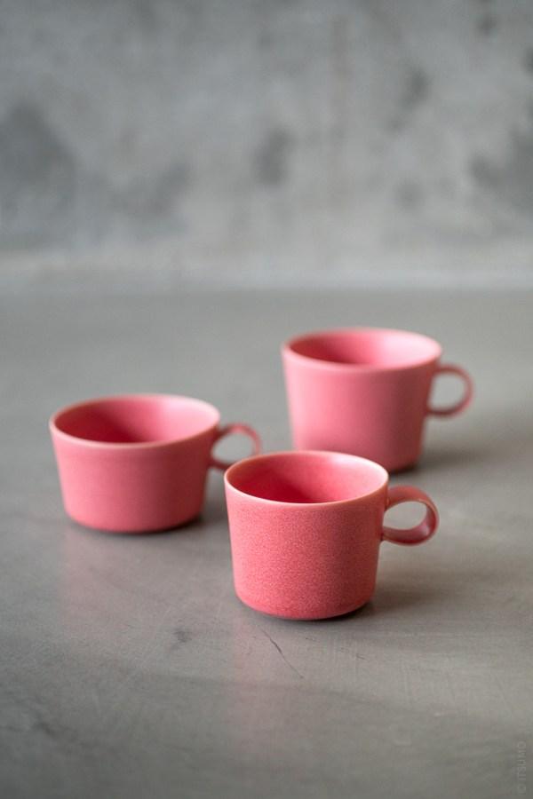Yumiko Iihoshi Porcelain_unjour_cup_pink