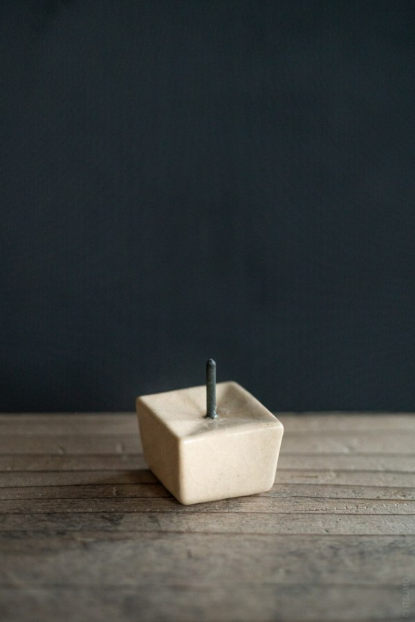 Daiyo_Rippoh Candle Stand_beige_top