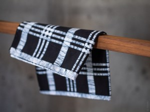 Tenugui - Benkei Check Batik Indigo_dl