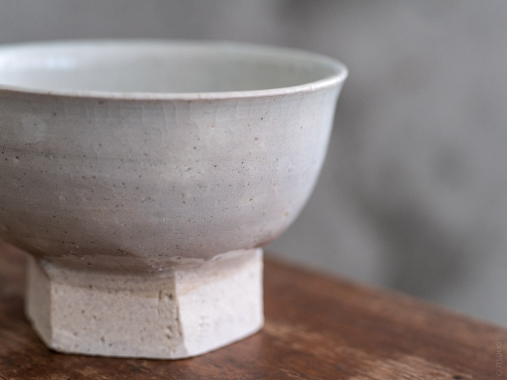 Azmaya_Iga Small Bowl with Hexagonal Base_sekkai