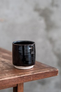 Azmaya_Iga Teacup_kuroame_black_top