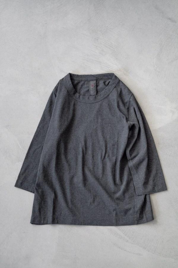 Homspun_3/4 Sleeve T-shirt_charcoal_top