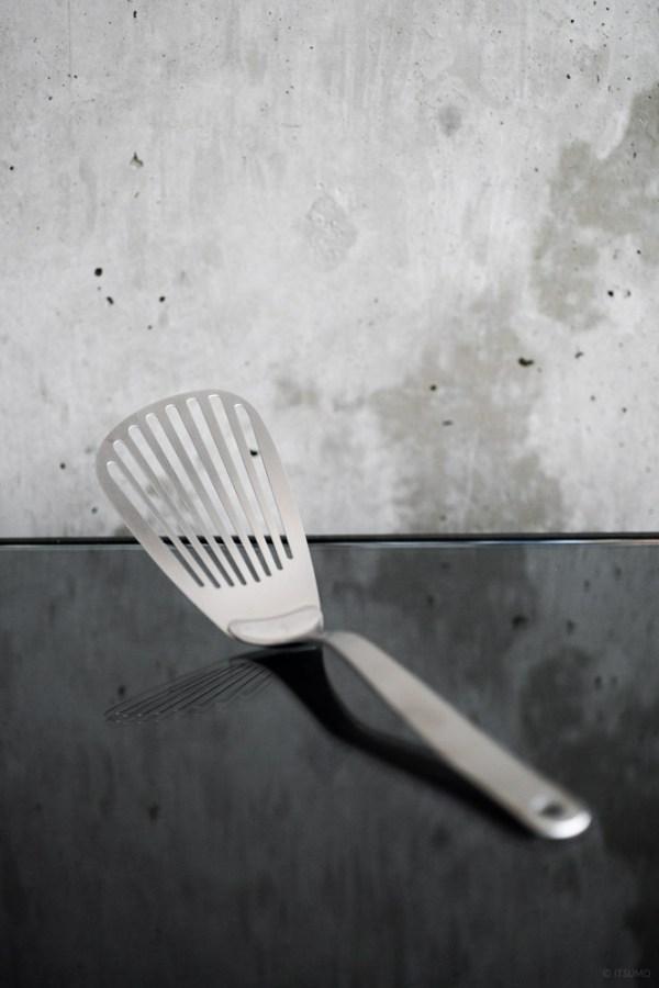 Sori Yanagi_Stainless Butter Beater_top