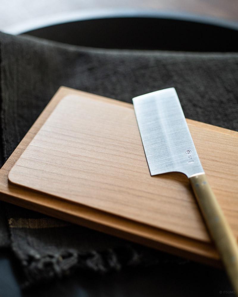 azmaya-cheese knife & cherry wood butter case