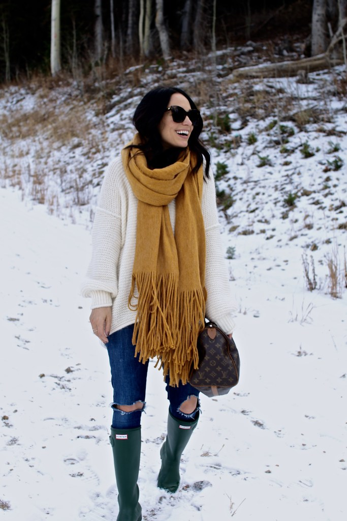 winter weather outfit, oversized scarf, itsy bitsy indulgences