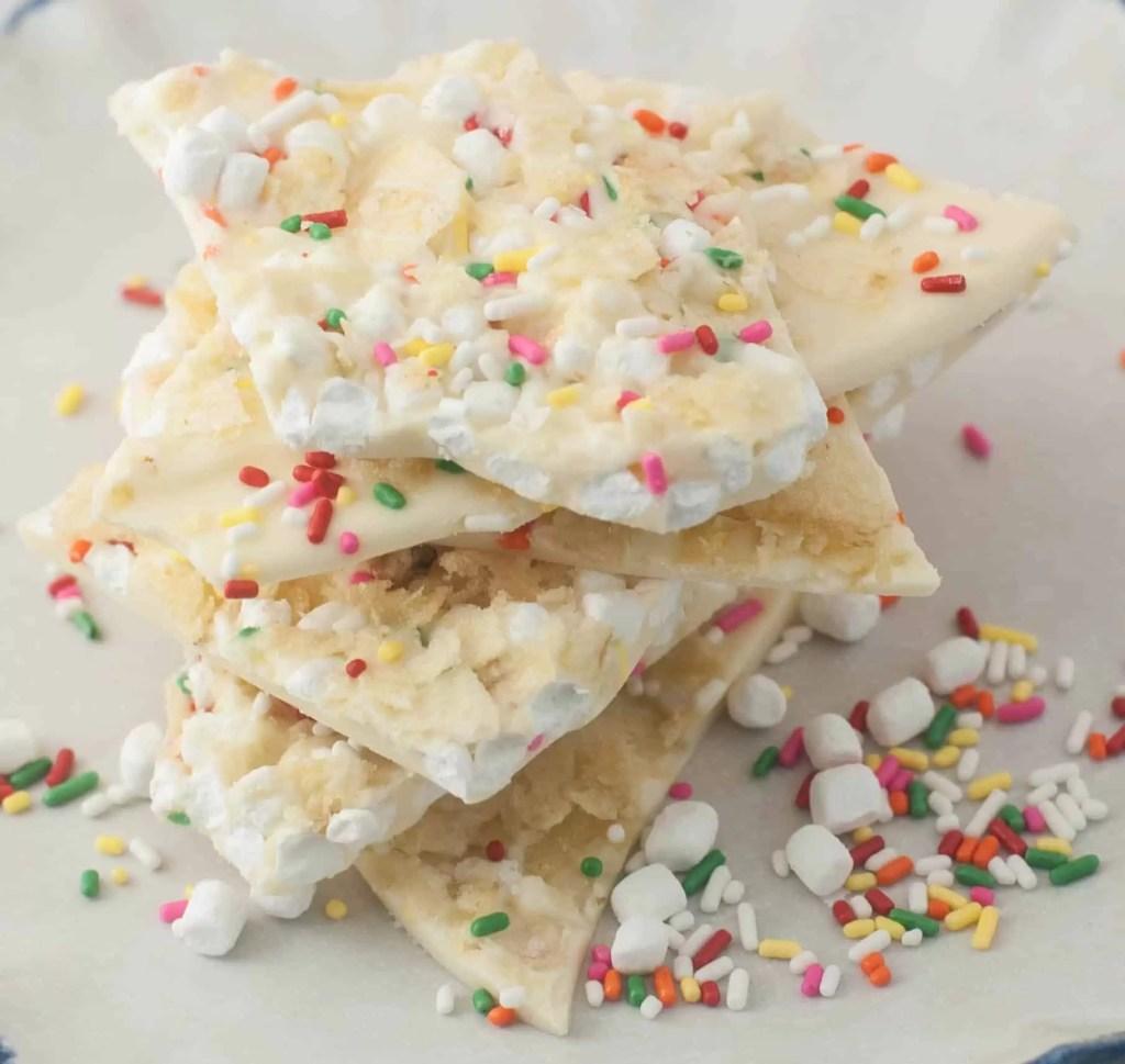 Marshmallow Bit-Potato Chip White Chocolate Bark!