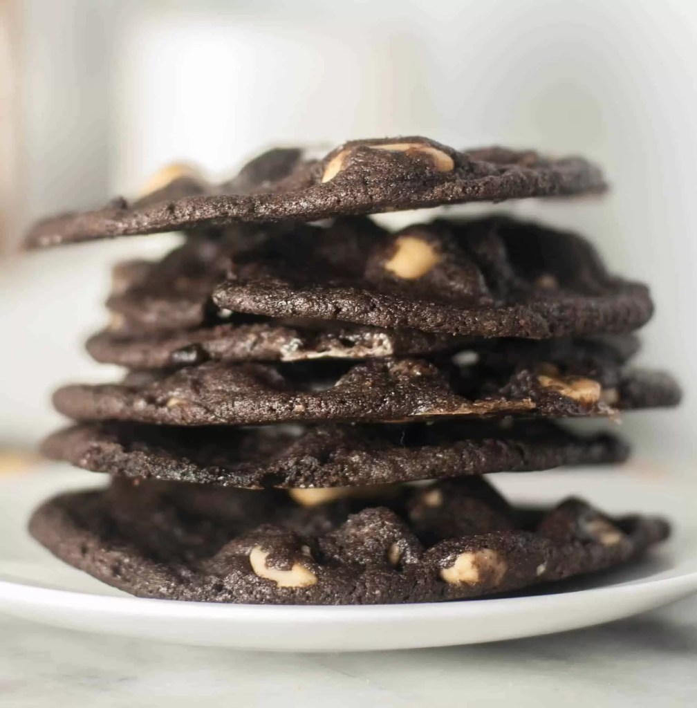 Sweet and salty, chewy and crunchy, these treats are everything you could want in a cookie!